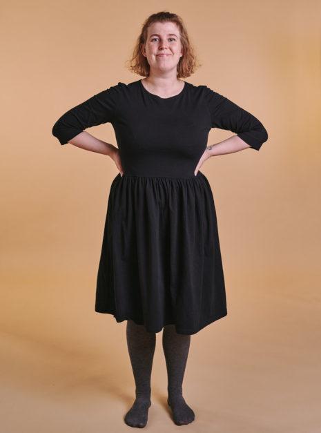 lovisa-dress-musta-2