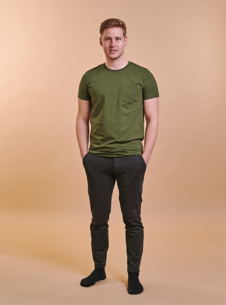 mike-t-shirt-oliivi